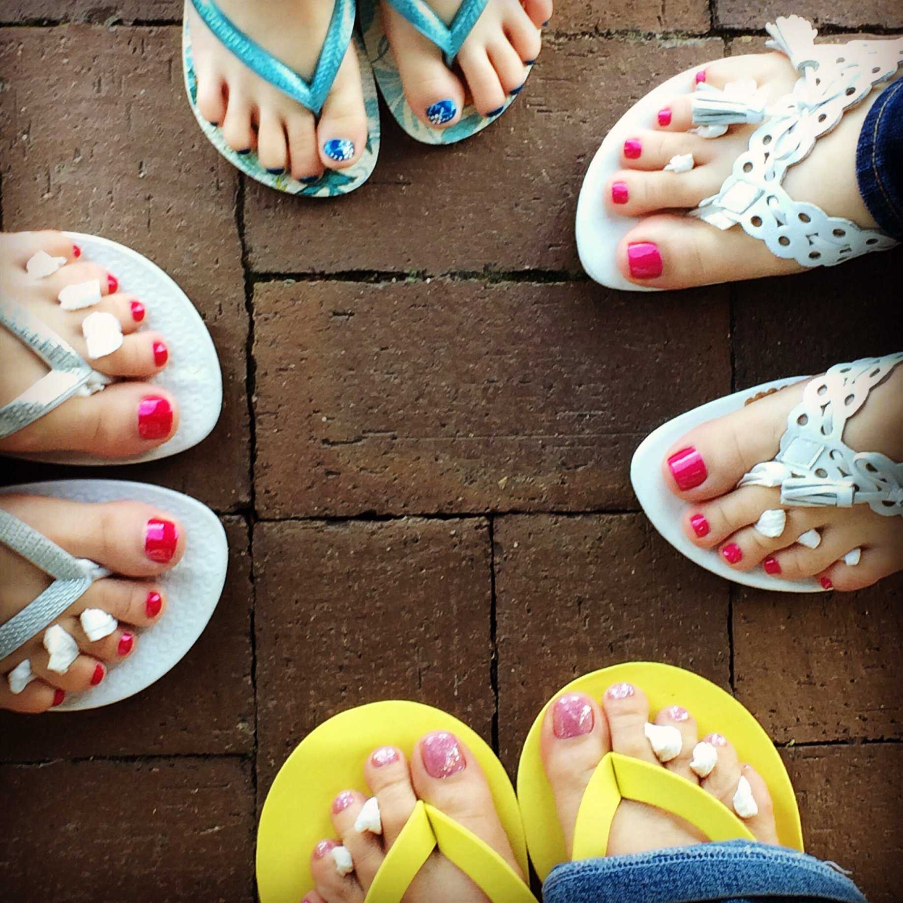 Mobile Manicure and Pedicure Services | Nail Services At Your Location